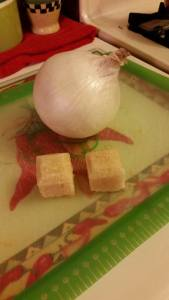 2 garlic cubes.